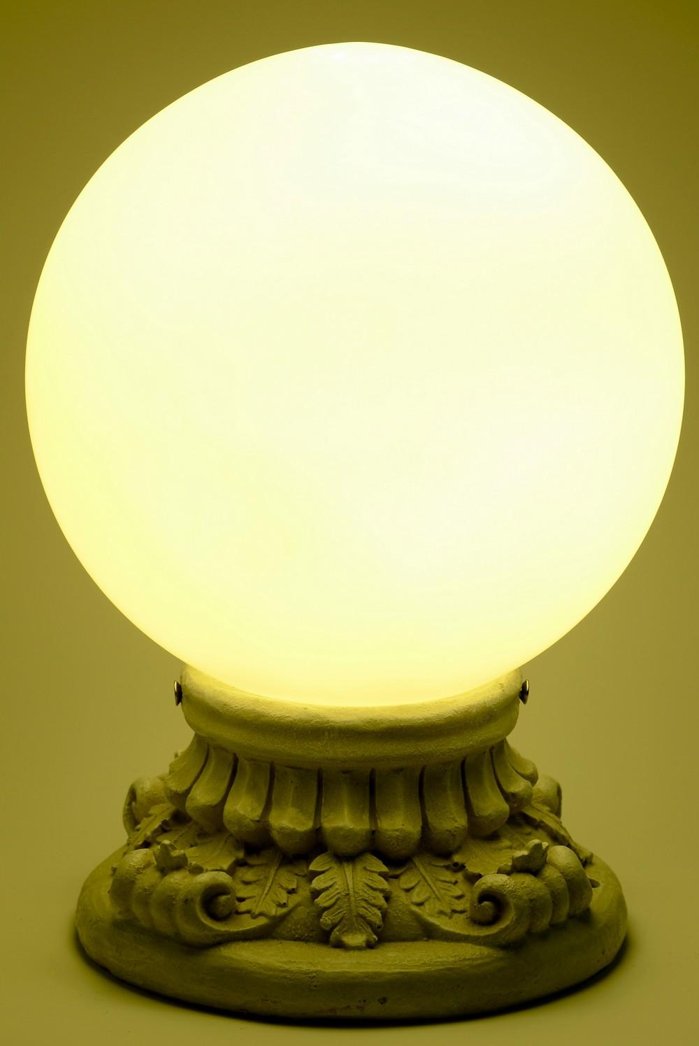 Solar Power 10 Glass Globe Handcrafted Entrance Light